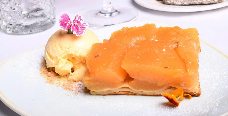 Tarta-tatin-de-manzana-en-el-barrio-salamanca