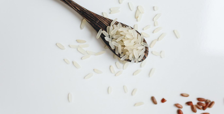 Ingredientes-básicos-para-preparar-una-paella
